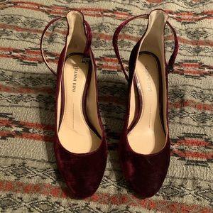 Gianni bini velvet heels